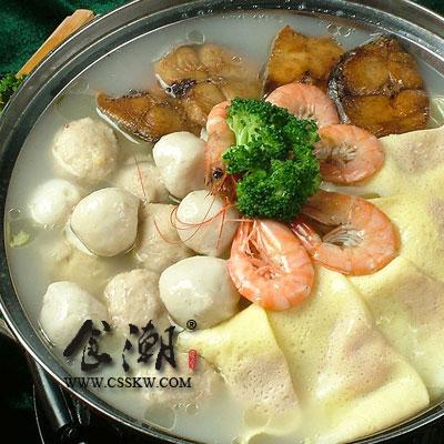 火锅常用的食材,如动物内脏